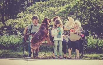 Bubeck-Familie-mit-Hund